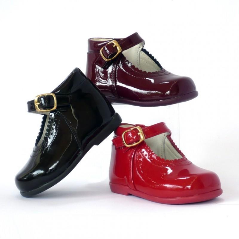 navegar por las últimas colecciones seleccione para mejor distribuidor mayorista Bota mercedes | merceditas - Zapatos para niña Gales Britain's